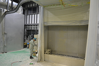 塗装工場01|有限会社ヤマカワ電機産業