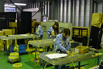 配線組立工場02 有限会社ヤマカワ電機産業