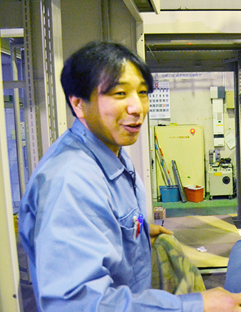 技術リーダーインタビュー|配電盤・制御盤・分電盤・計装盤製品の製作・製造を設計、板金、配電組立、検査まで一貫生産のヤマカワ電機