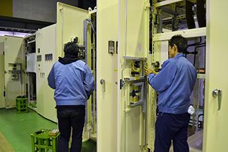 配電盤製造工程05|配電盤・制御盤・分電盤・計装盤製品の製作・製造を設計、板金、配電組立、検査まで一貫生産のヤマカワ電機