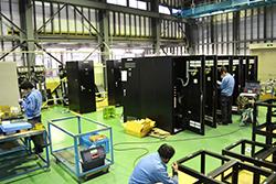 短期間の物件にも、設計・板金・組立・検査全員で協力して対応できる団結力|配電盤・制御盤・分電盤・計装盤製品の製作・製造を設計、板金、配電組立、検査まで一貫生産のヤマカワ電機